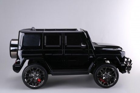 True 24 Volt Licensed Merc G Wagon G63 2 Seater Painted Black Ride on Car