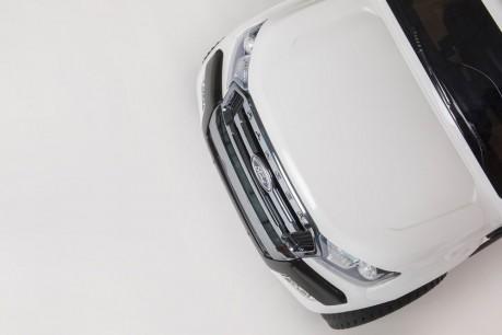 Licensed White Ford Ranger Wildtrak In Stock -16